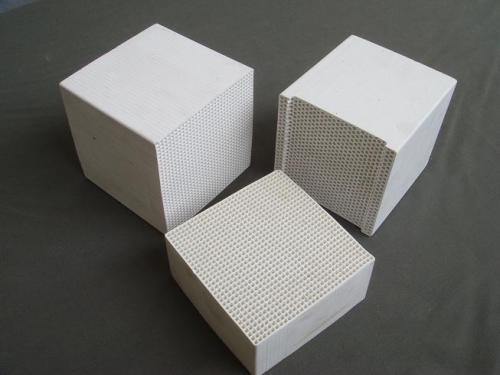 什么是蜂窝陶瓷蓄热体,蜂窝陶瓷蓄热体的作用